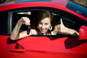 Как переоформить машину на жену без снятия с учета в 2019 году? Сколько стоит?