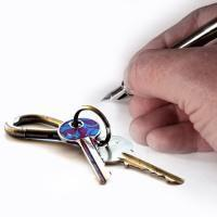 Уход за пожилыми людьми за квартиру в 2019 году: договор, где найти