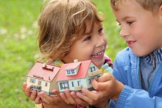 Как выделить долю в квартире ребенку в 2019 году: документы, сколько стоит?