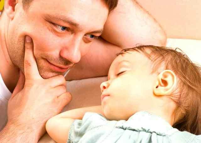 Как установить отцовство в 2019 году: порядок, заявление, документы