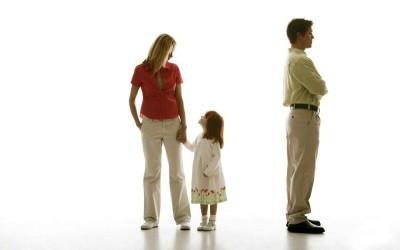 Как выписать бывшую жену из квартиры после развода без его согласия в 2019 году?
