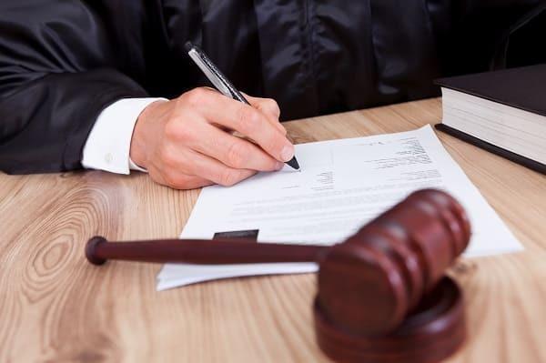 Банкротство физических лиц и алименты: списываются ли в 2019 году?
