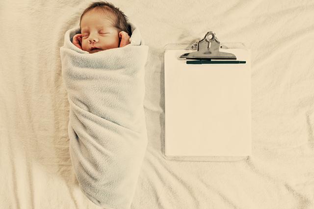 Как прописать новорожденного ребенка в квартиру в 2019 году: документы, что нужно?