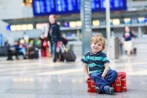 Доверенность на ребенка для выезда за границу без родителей в 2019 году: образец