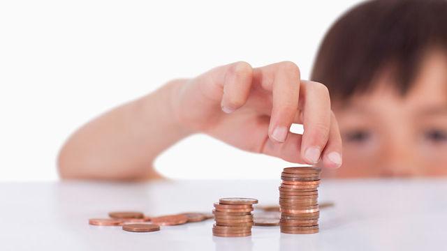 Пенсия по потере кормильца в 2019 году: кому положена, документы, как рассчитывается?