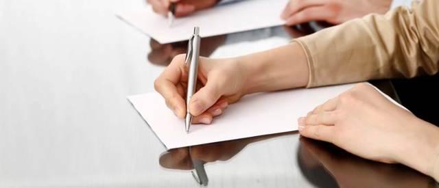 Кто удостоверяет брачный договор в 2019 году? Нотариус или адвокат?