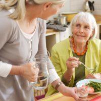 Как оформить опекунство над недееспособным пожилым человеком в 2019 году?