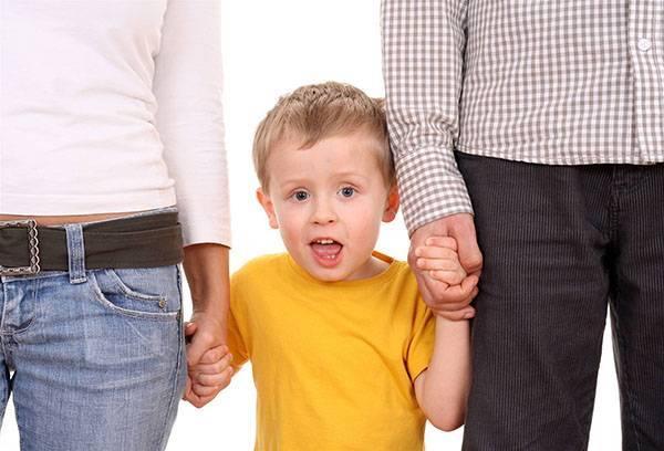 Что такое приемная семья в 2019 году? Как взять и оформить ребенка?
