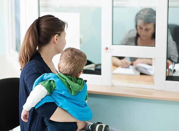 Как получить декретные если не работаешь в 2019 году? Выплаты неработающией маме