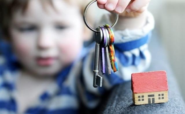 Как выписать несовершеннолетнего ребенка из квартиры собственника в 2019 году?