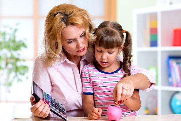 Сколько получает мать одиночка на содержание ребенка в 2019 году?