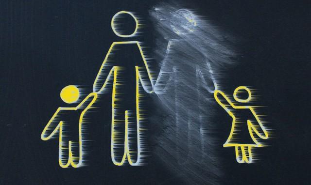 Платят ли алименты родители лишенные родительских прав в 2019 году?