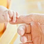 Можно ли записать ребенка на фамилию отца если брак не зарегистрирован в 2019 году?