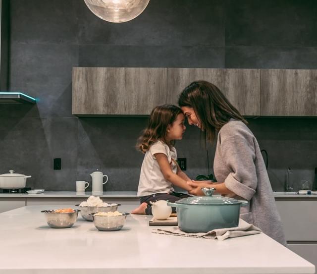 Какие пособия положены при рождении ребенка если мама не работает в 2019 году?