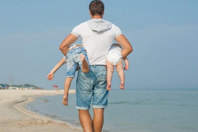 Как при разводе оставить ребенка с отцом в 2019 году? Как отсудить у жены?