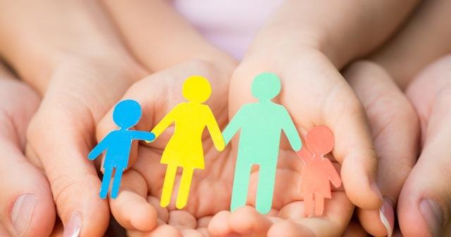 Пособия и выплаты на ребенка в Астрахани в 2021 году: федеральные и региональные, размеры выплат, порядок и условия получения, необходимые документы