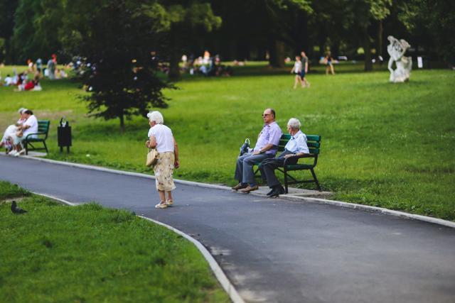 Пенсионные баллы в 2021 г.: таблица, стоимость 1 балла, колличество для пенсии