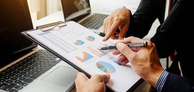 Когда придет пенсия за май 2021 года на карту «Сбербанка»: график начисления пособий в праздничные дни