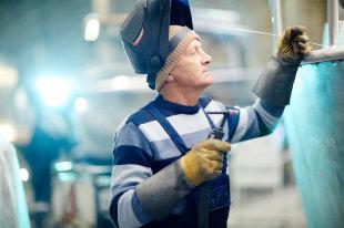 При каких условиях биржа труда отправляет досрочно на пенсию