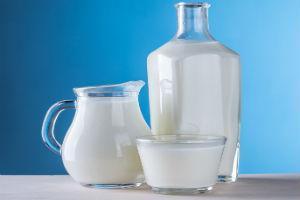 Выдача молока на вредном производстве и за вредные условия труда в 2021 году: кому положено и как получить