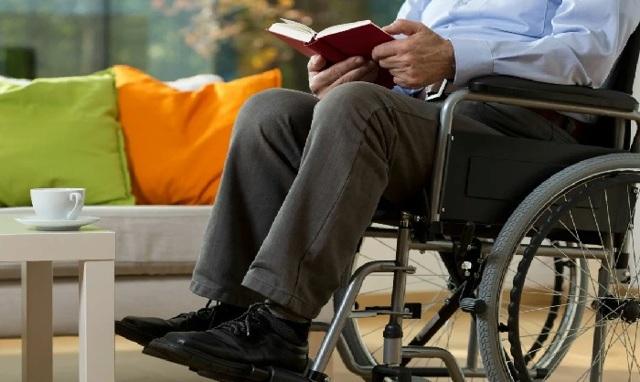 Пенсия для инвалидов 2 группы в 2021 году: размер, индексация