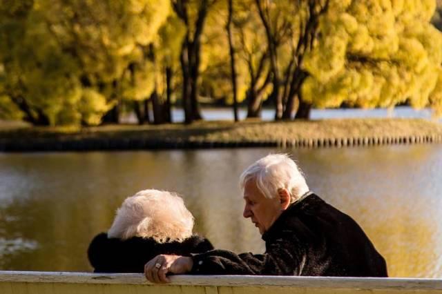 Сколько доплачивают к пенсии после 80 лет? Что изменилось в 2021 году