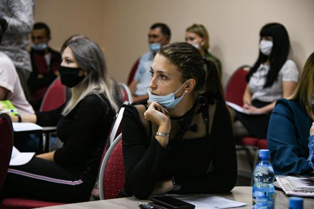 Почему сироты получат жилищный сертификат на 1,5 млн рублей