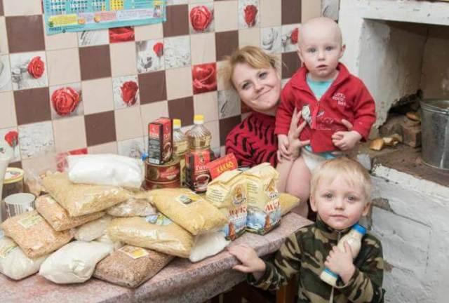 Малоимущая семья спб: какой доход и льготы 2019-2021.